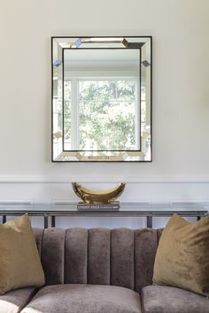 BW3068 by Bunny Williams for Mirror Image Home