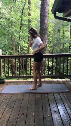 Yoga Fitness, Fitness Workouts, Fitness Goals, Health Fitness, Yoga Sculpt, Beginner Yoga Workout, Beginner Yoga Video, Beginner Yoga Routine, Beginner Pilates