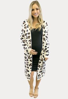 Layer up during these chilly months in the cutest maternity sweaters! Casual Maternity Outfits, Maternity Fashion, Maternity Style, Maternity Sweaters, Cardigan Outfits, Knit Cardigan, Turtleneck Style, Leopard Print Cardigan, Sweater Weather