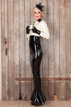 #Latexcrazy wish you a fantastic week! http://www.latexcrazy.com Check out the #Latex Store