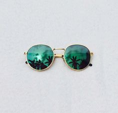 Trop it like it's hot Round Lens Sunglasses, Mirrored Sunglasses, Jewelry Accessories, Fashion Accessories, Beach Look, Wildfox, My Style, Instagram Posts, Summer Sun