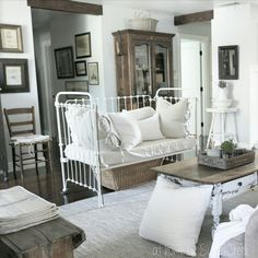 Crib Repurpose - Farmhouse Style at home on SweetCreek
