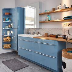 Des meubles de salle de bains bleus