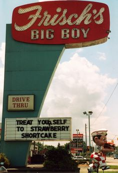 The former Frisch's Big Boy sign on West Broad Street in Columbus, Ohio. Now home to Walgreens