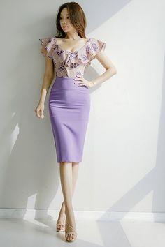 Park SooYeon Tight Dresses, Sexy Dresses, Beautiful Dresses, Fashion Dresses, Korean Fashion Online, Korea Fashion, Photos Fitness, Pencil Skirt Outfits, White Dresses For Women
