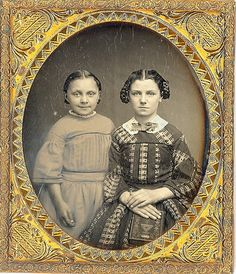 Daguerreotype of two sisters