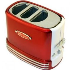 Nostalgia Electrics Retro Pop Up Hot Dog Toaster Do you have any little crumb crunchers running around the house that love hotdogs? Vintage Toaster, Retro Toaster, Pop Up Toaster, White Kitchen Decor, Retro Kitchen Decor, Red Kitchen, Diner Decor, Kitchen Ware, Boho Kitchen