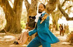 Django (2012) Con elección propia de atuendo de señorito, Django y su venganza a latigazos