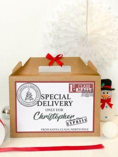 How to make a Christmas Eve box - Heiser Family Christmas - Christmas Eve Box For Kids, Xmas Eve Boxes, Christmas Crafts To Sell, Christmas Hamper, Christmas Planning, Christmas Gift Box, Christmas Activities, Family Christmas, Christmas Presents