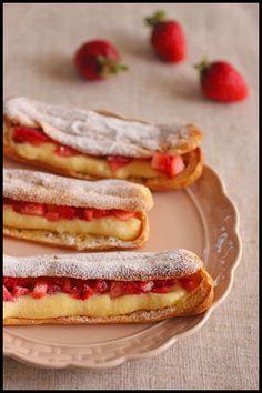 ホットケーキミックスで簡単!イチゴのエクレア&レンジで全卵カスタードクリーム : ビジュアル系フード