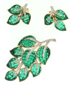 TRIFARI Invisible Set Emerald Glass Rhinestone Leaf Figural Pin & Earrings Set #Trifari