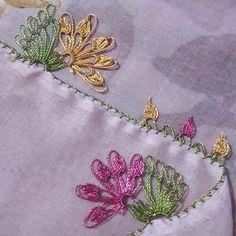 Source by ceromselomdinom Needle Lace, Crochet Patterns, Brooch, Waiting, Instagram, Design, Amigurumi, Needlepoint, Crochet Pattern