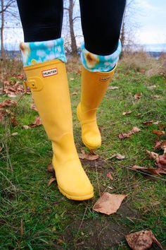 Yellow Rain Boots, Cute Rain Boots, Wellies Rain Boots, Hunter Wellies, Short Rain Boots, Rubber Rain Boots, Tall Socks, Boot Socks, Rain Boot Liners
