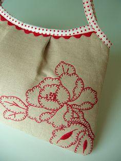 sacola em tecido bordado