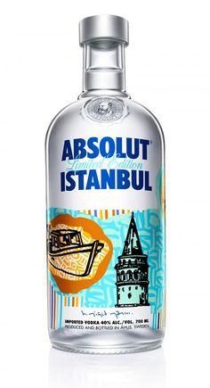 #tasarımı #YiğitYAZICI tarafından yapılan #İstanbul a özgü sembolleri barındıran #absolut #absolutvodka şişesi #absolutvodkatürkiye