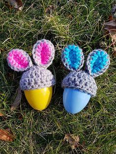 Ravelry: Hoppy Egg Topper pattern by Hillary Thompson Crochet Egg Cozy, Easter Crochet, Crochet Bunny, Free Crochet, Knit Crochet, Easter Bunny Eggs, Crochet For Beginners, Cute Bunny, Potpourri