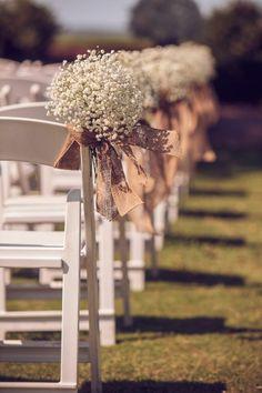 decorer les chaises de mariage avec une housses de chaise mariage jetable