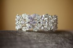 beautiful wedding ring!