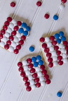 What a fun patriotic recipe for Fourth of July desserts or Memorial Day party  Be sure to be on the look out for M&M's® Red, White, & Blue Milk Chocolate, M&M's® Red, White, & Blue Peanut, and Skittles® Red, White, & Blue to make these patriotic cookie ideas