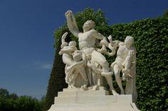 """Statue """"Laocoon et ses fils"""" Château de Versailles, France"""