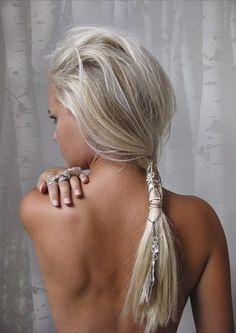 low pony tail with embellishments. Originally pinned by Valerie onto tasteful tresses.
