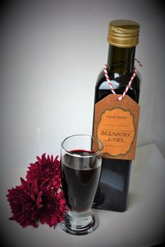 Red Wine, Alcoholic Drinks, Bottle, Glass, Handmade, Food, Syrup, Hand Made, Drinkware
