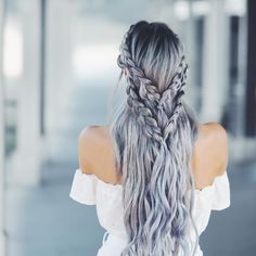 The long hairstyle is also quite easy together with simple to deal with and maintain with an aid of very good shampoo, gel and hair brush. Hair is actually an image of beauty. Long hair is similar to a canvas. Trending Hairstyles, Pretty Hairstyles, Braided Hairstyles, Hairstyle Ideas, Unique Hairstyles, Hairstyles 2018, Hairstyles Games, Ethnic Hairstyles, Fashion Hairstyles