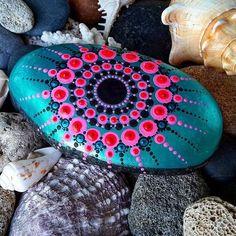 #Yulia #art #paintedstones #pebble #rock #stone #turquoise #pink #star #dots #dotartpainting #dotting #seatreasures #seashells #