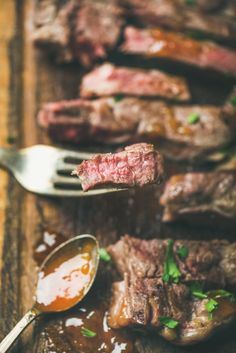 The Perfect Butter-Basted, Pan-Seared Ribeye Steak - Steak Recipes Ideen Steaks, Ways To Cook Steak, Pan Seared Steak, Steak Butter, Beef Steak, Bbq Beef, Croatian Recipes, Grass Fed Butter, Thing 1