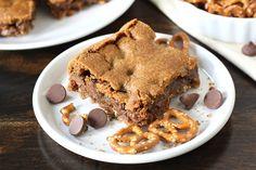 Chocolate chip bars with pretzel crust