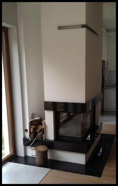 Realizacja wnętrza domu na podstawie projektu Gala z MG Projekt. #salon#interior #gala #mgprojekt #kominek