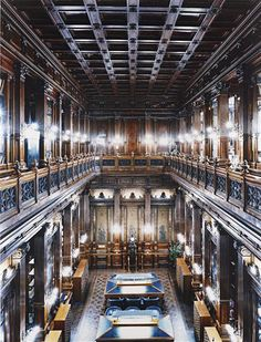 this isn't happiness™ - photo caption contains external link City Architecture, Historical Architecture, Architecture Details, Messina, Bodega Hotel, Beautiful World, Beautiful Places, Drake Passage, Palazzo