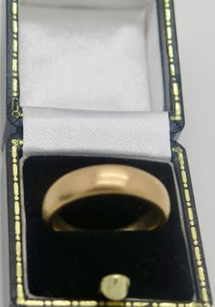 A Great Antique Victorian Gold wedding ring/band 1870 , weight gram Victorian Gold, Wedding Ring Bands, Gold Wedding, Rings For Men, Japan, Antiques, Jewelry, Antiquities, Men Rings