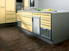 #Kitchen Idea of the Day: Modern yellow kitchens. (By ALNO, AG)