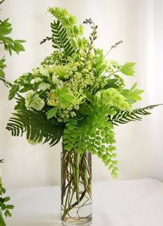 Green flower arrangement #arreglosflorales