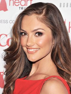 Minka Kelly's soft, caramel brown haircolor is the perfect match for her tan skin tone. Find your own perfect haircolor match at home here: www.eSalon.com
