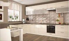 1) a konyhabútor színe fehér/dió lenne 2) fenti rész hasonló tagolással, hasonló bútorfrontokkal 3) háttérben hasonló csempével 4) padló: REALONDA CORDOBA kőlap mintával