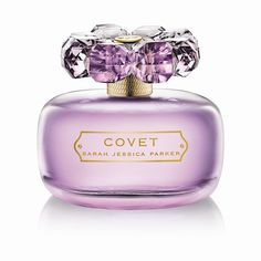 Perfume is a must have utility item which nobody can do without. Women are more inclined to usage of perfumes as compared to men. Women from almost any part of the world belonging to any income category love spending money on the quintessential classy fr