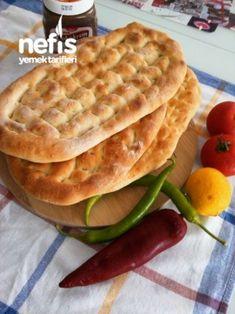 Tırnak Pide (kebapçı Pidesi) Tarifi – Sandviç tarifi – Las recetas más prácticas y fáciles Pita Recipes, Cooking Recipes, Healthy Recipes, Pita Kebab, Naan, Tortillas, Turkish Pizza, Ramadan Recipes