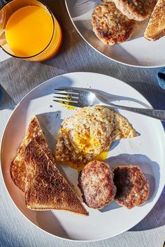 NYT Cooking: This classic recipe will come together in the time it takes to make a frittata or a stack of pancakes for brunch. You could also try frying the patties in a cast-iron pan alongside eggs in a hole. As the maple-and-sage-tinged fat renders out of the sausage, the bread will thirstily absorb it. You might even want to drizzle a tiny bit more syrup over the whole t...