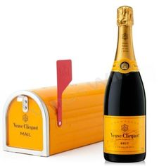Veuve Clicquot Brut Mail Box