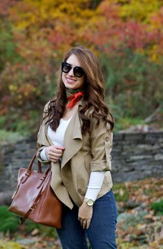 French necktie, lightsweater, khaki trench coat, brown leather satchel, Flare//Happy Medley