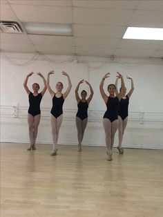Students at The Ballet Center