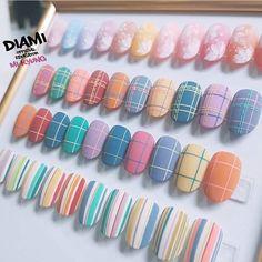 that purple pink stripe Korean Nail Art, Korean Nails, Nail Swag, Cute Nail Art, Cute Nails, Plaid Nails, Kawaii Nails, Trendy Nails, Nail Arts