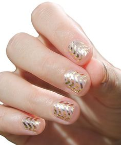 #nail #paint #polish #art #gold #chevron