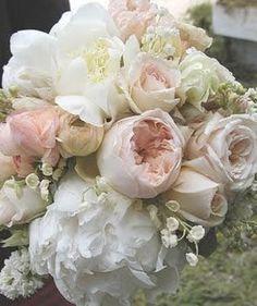 my favorite bouquet.....my wedding flowers