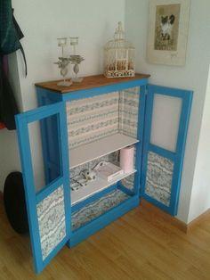 Restaurando aquel bonito mueble azul. maderademindi.blogspot.com.es #restauracion #decor #diy #creative #muebles #ideas #desing #color #nuevosproyectos #modernizando