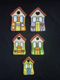 ceramica come mestiere: Piccole case. Bomboniera per tutte le cerimonie.