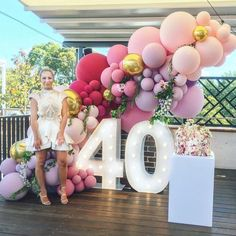 Balloons and light up numbers. Custom pinks and burgundy balloons Organic balloon garland adorned with flowers. 40th Birthday Themes, 40th Birthday Balloons, Birthday Balloon Decorations, 30th Birthday Parties, 22 Birthday, Birthday Garland, Birthday Cakes, Birthday Gifts, 40th Party Ideas
