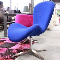 https://i.pinimg.com/236x/b9/fd/b8/b9fdb8169670c8ce495e2bfb100af6bc--design-contemporaneo-barber-chair.jpg